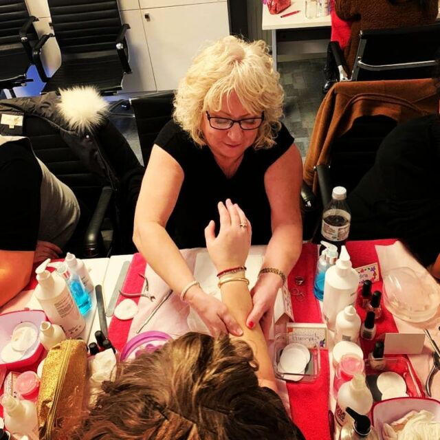 London Nail Technician Course Let S Start Your Future In Beauty